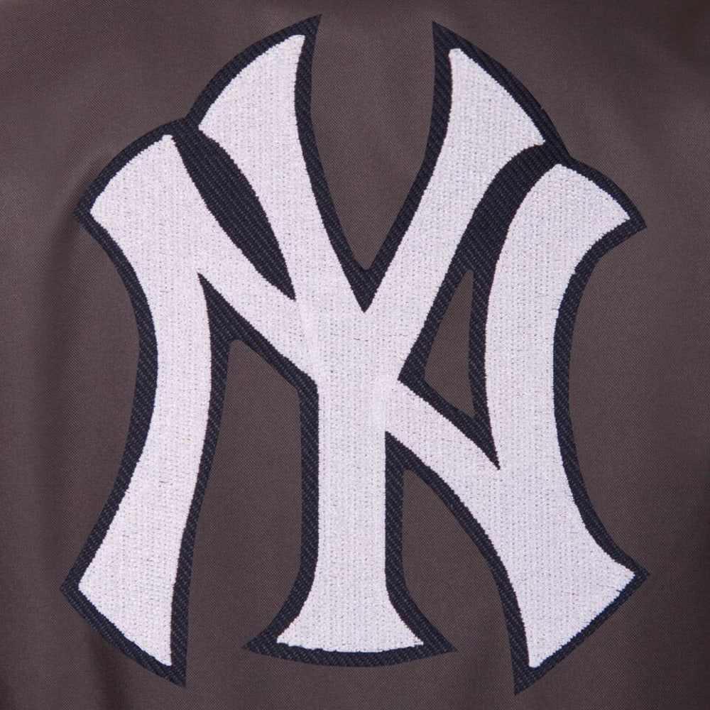 NEW YORK YANKEES Men's Poly Twill Embroidered Jacket - CHARCOAL
