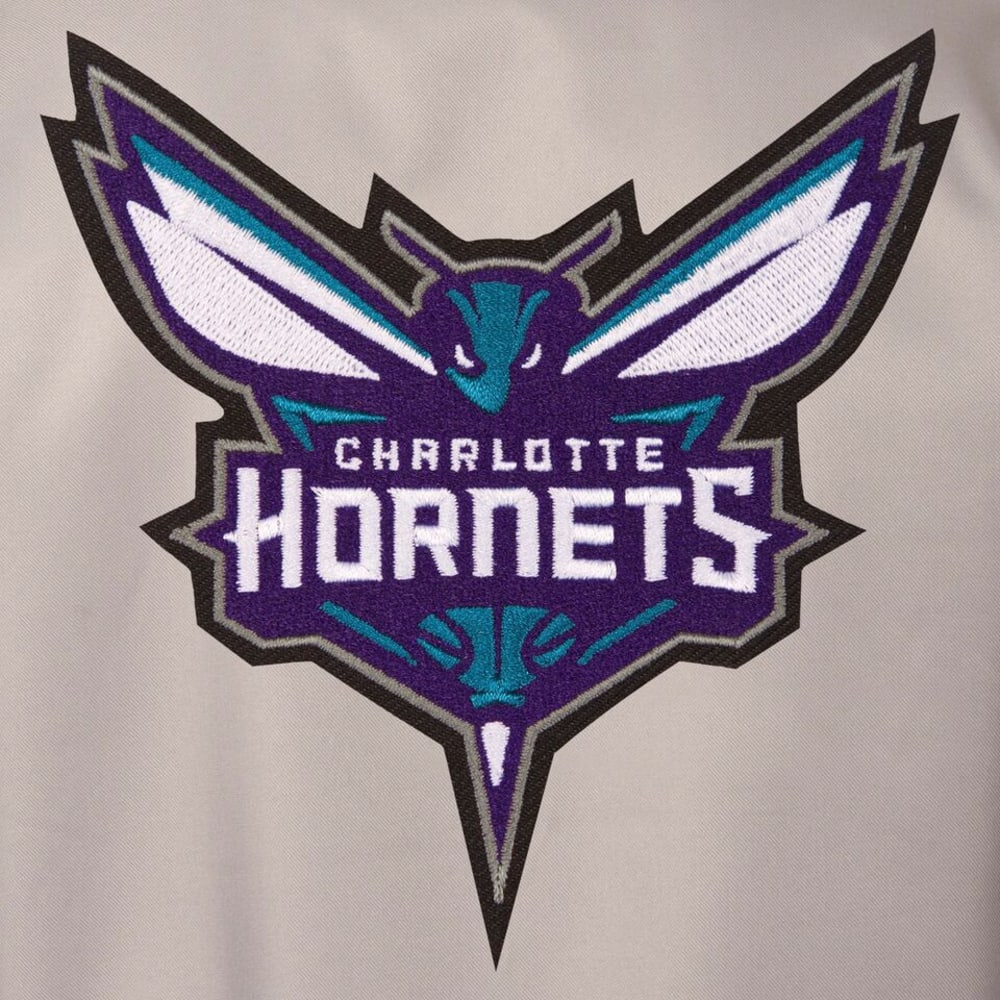 CHARLOTTE HORNETS Men's Poly Twill Embroidered Jacket - GRAY-BLACK