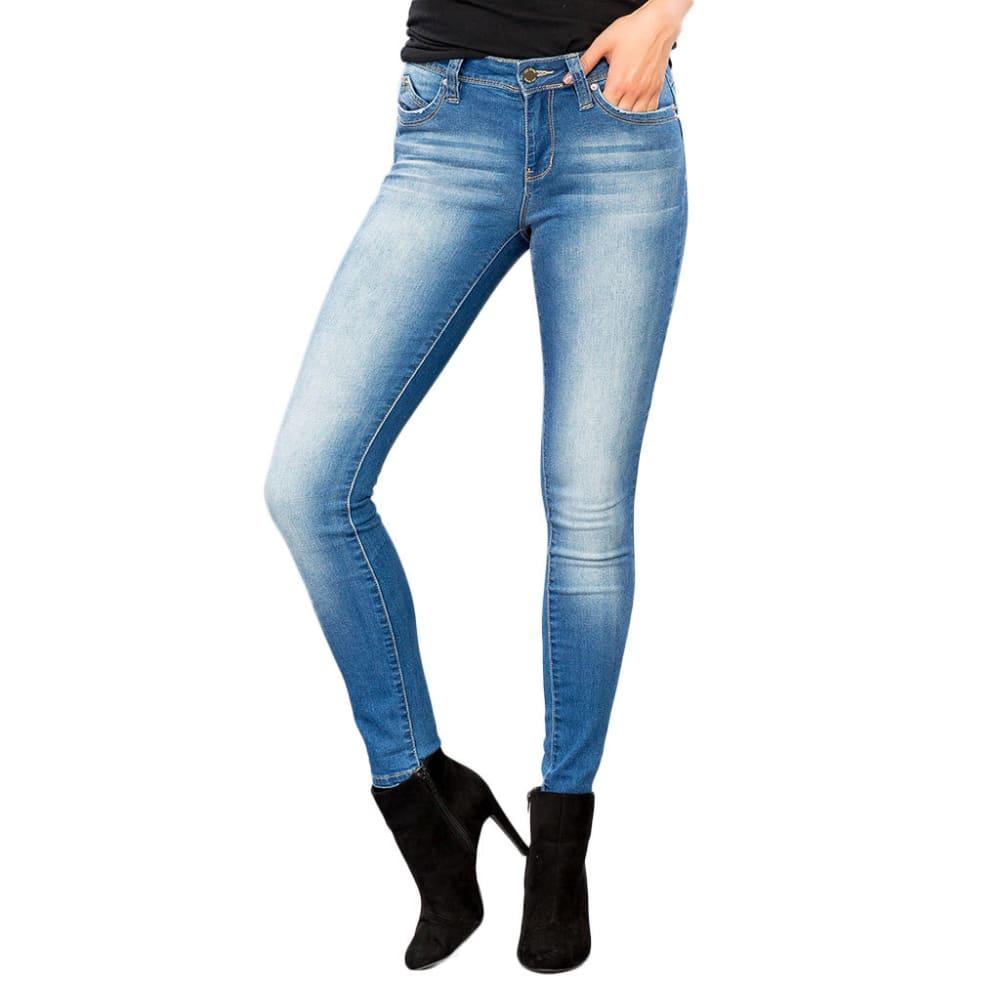 YMI Juniors' WannaBettaButt Mid-Rise Skinny Jeans - M20-MED WASH
