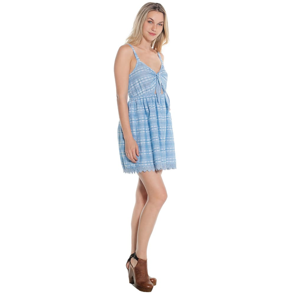 TAYLOR & SAGE Juniors' Scallop Trim Tie Front Dress - LIGHT CHAMBRAY-LCY