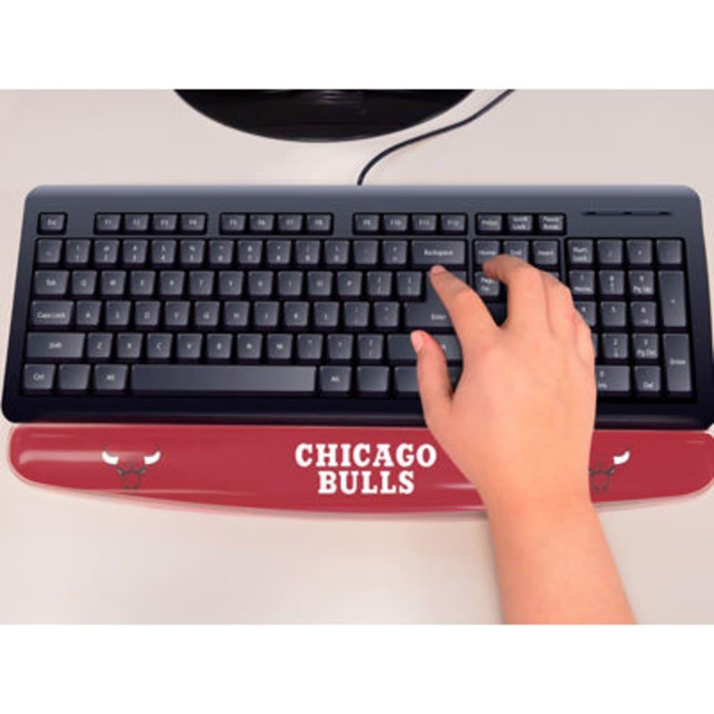 FAN MATS Chicago Bulls Gel Wrist Rest, Red/White ONE SIZE