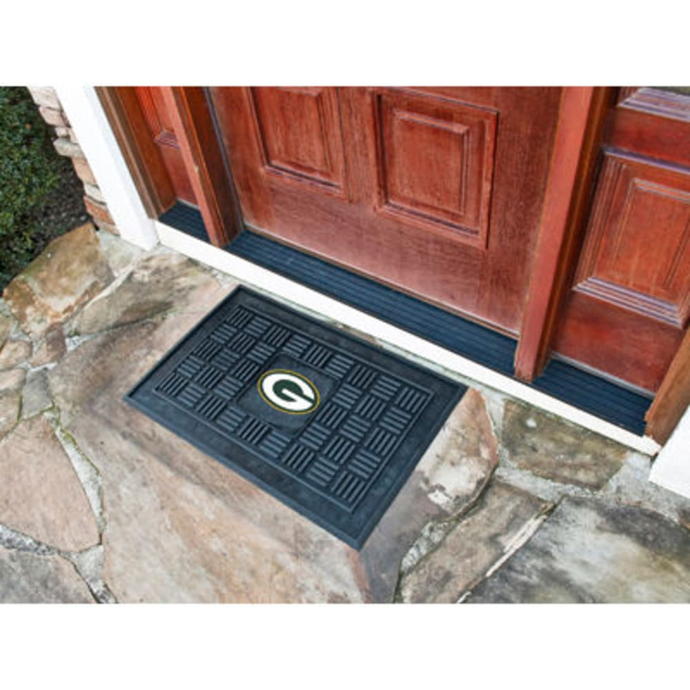 FAN MATS Green Bay Packers Medallion Door Mat, Black - BLACK