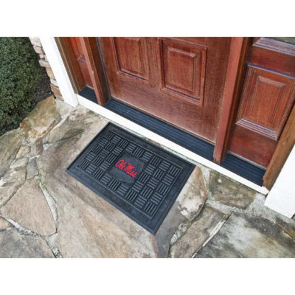FAN MATS University of Mississippi (Ole Miss) Medallion Door Mat, Black - BLACK
