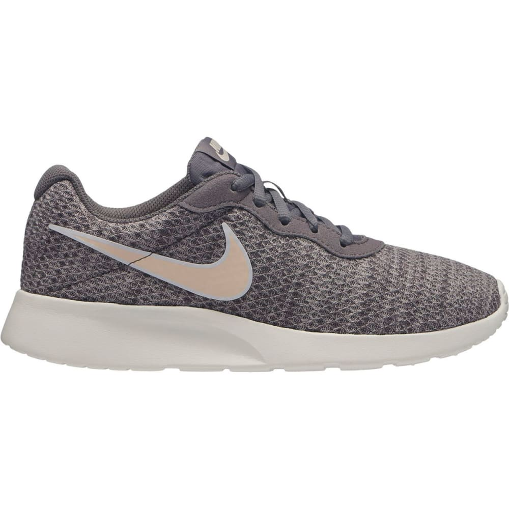 NIKE Women's Tanjun Premium Running Shoes 6.5