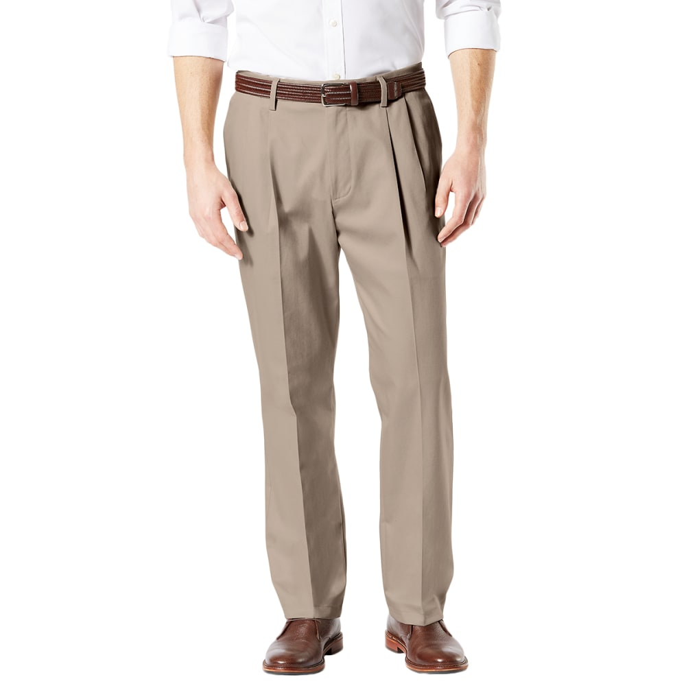 DOCKERS Men's Classic Fit Signature Khaki 2.0 Stretch Pleated Crease Pants - TIMBER WOLF 0001