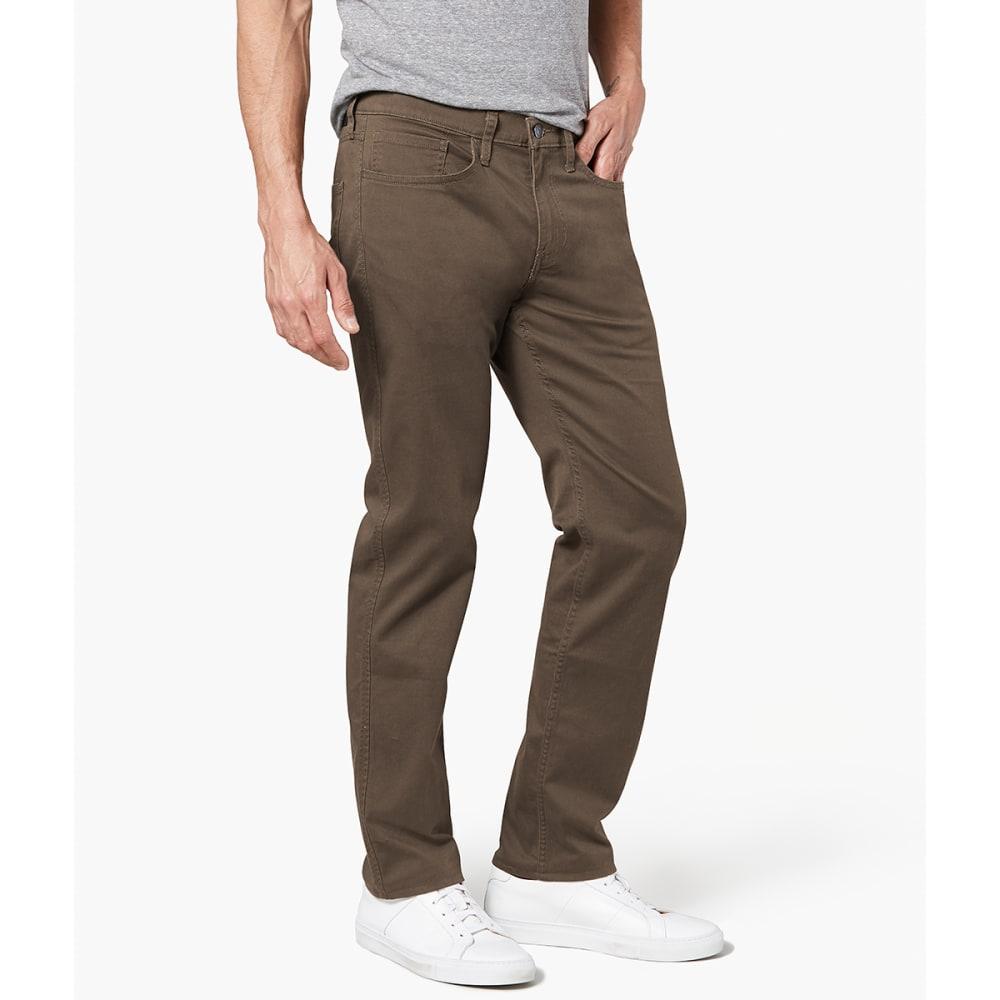 DOCKERS Men's Straight Cut 2.0 All Seasons Khaki Tech Pants - SMOKEY HAZELNUT 0045