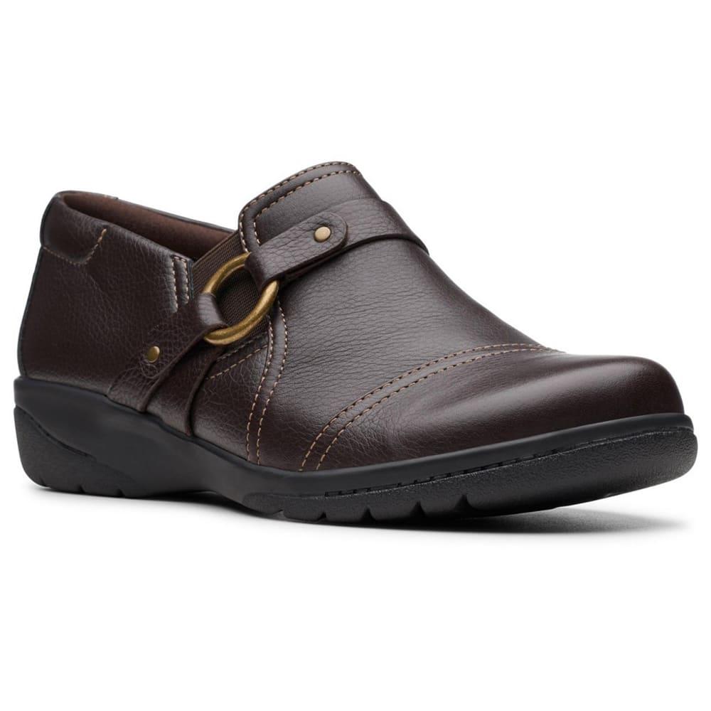 CLARKS Women's Cheyn Fame Shoes 6