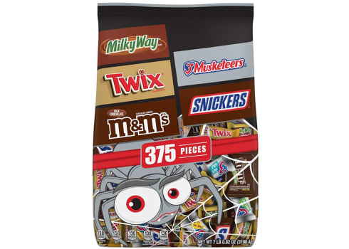 375 pieces of Favorites Chocolate Halloween Candy Bars Variety Mix Bag