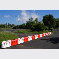 Fahrbahnteiler ohne Sichtzeichen