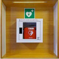 Defibrillator nach ASR A 1.3, BGV A8, DIN 67510, DIN 4844-2 (BGV A8 E 17)