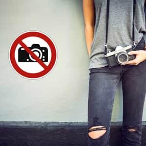 Fotografieren Verboten Schild mit Frau