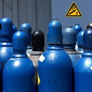 Warnzeichen - Warnschild vor Explosionsgefahr durch Gasflaschen nach ISO 7010 (W 029)