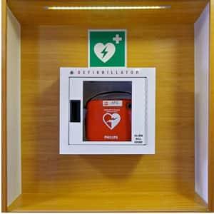 Defibrillator nach ISO 7010 (E 010)