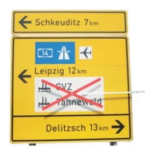 Mobile Auskreuzvorrichtung für Verkehrszeichen - Typ III
