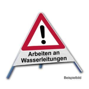 Faltsignal - Gefahrenstelle mit Text: Arbeiten an Wasserleitungen