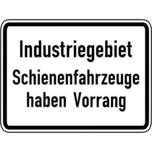 VZ 1008-32: Industriegebiet, Schienenfahrzeuge haben Vorrang