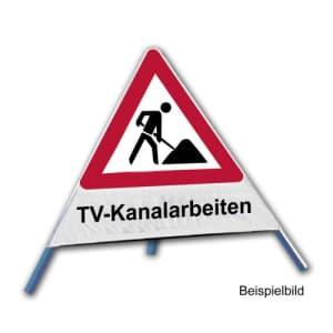 Faltsignal - Baustelle mit Text: TV-Kanalarbeiten