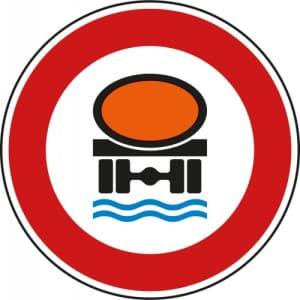 Verbot für Fahrzeuge mit wassergefährdender Ladung - VZ 269
