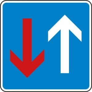 VZ 308 Verkehrsschild Vorrang vor dem Gegenverkehr