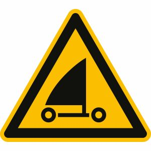Warnung vor Strandseglern nach ISO 20712-1 (WSW 017)
