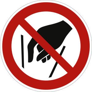 Hineinfassen verboten nach ISO 7010 (P 015)