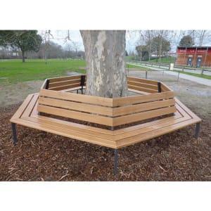 Rundbank SILAOS® | z.B. als Baumbank in helle Eiche oder Mahagoni