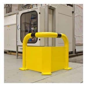 Eckschutz-Bügel WACHTWERK X® aus Stahl mit Unterfahrschutz vor Maschine