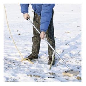 Erdanker-Ziehgerät für Schneefangzaun