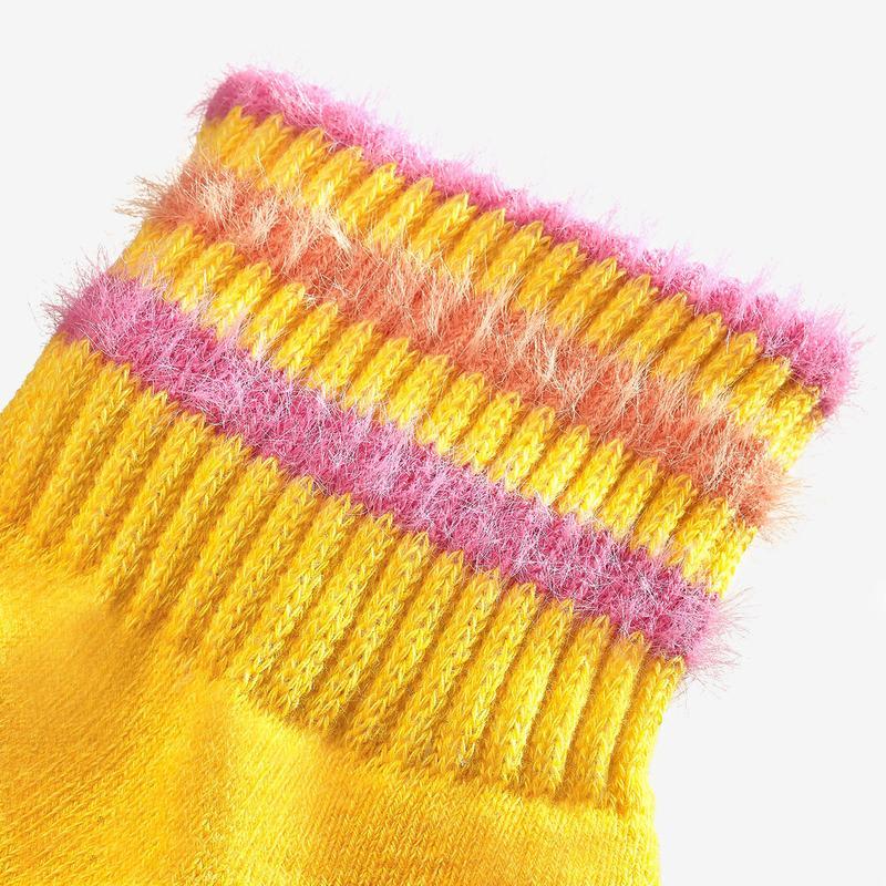 Youth Sesame Street Fuzzy Big Bird Socks