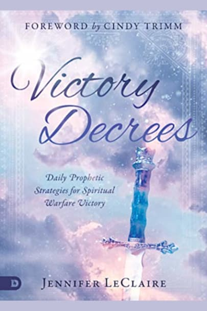 Book cover for Victory Decrees by Jennifer LeClaire