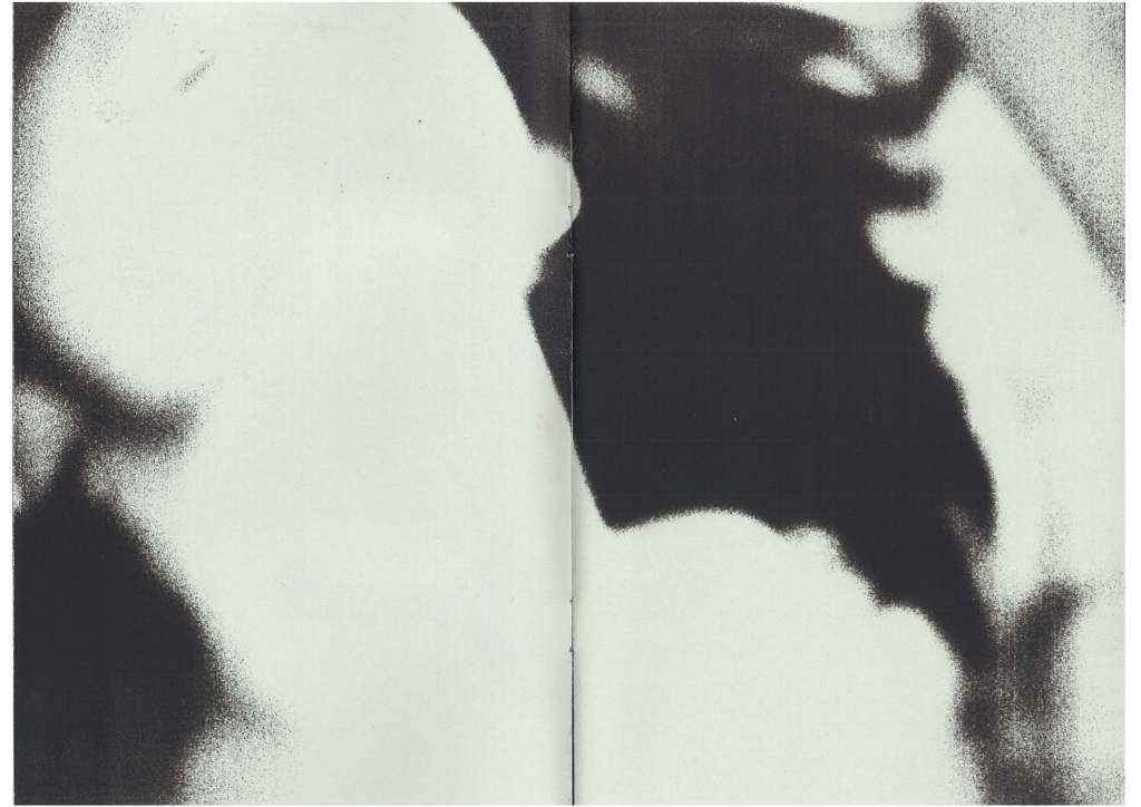 Mouchoir - © 1991 Books