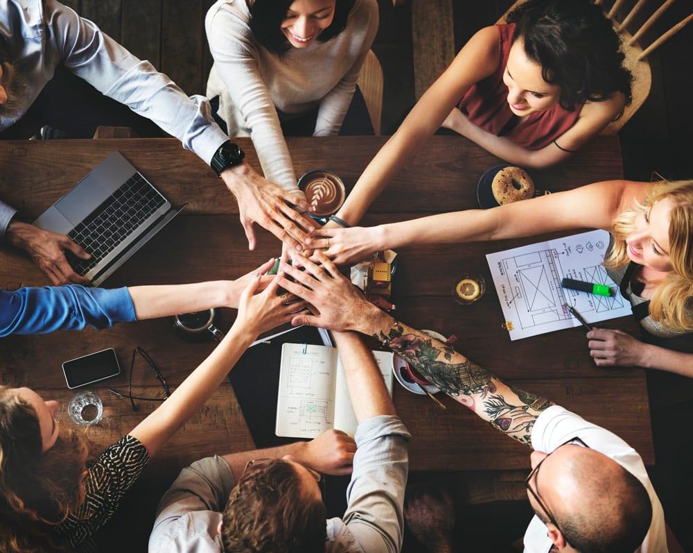 Externalizar servicios con una agencia de publicidad y marketing en valencia