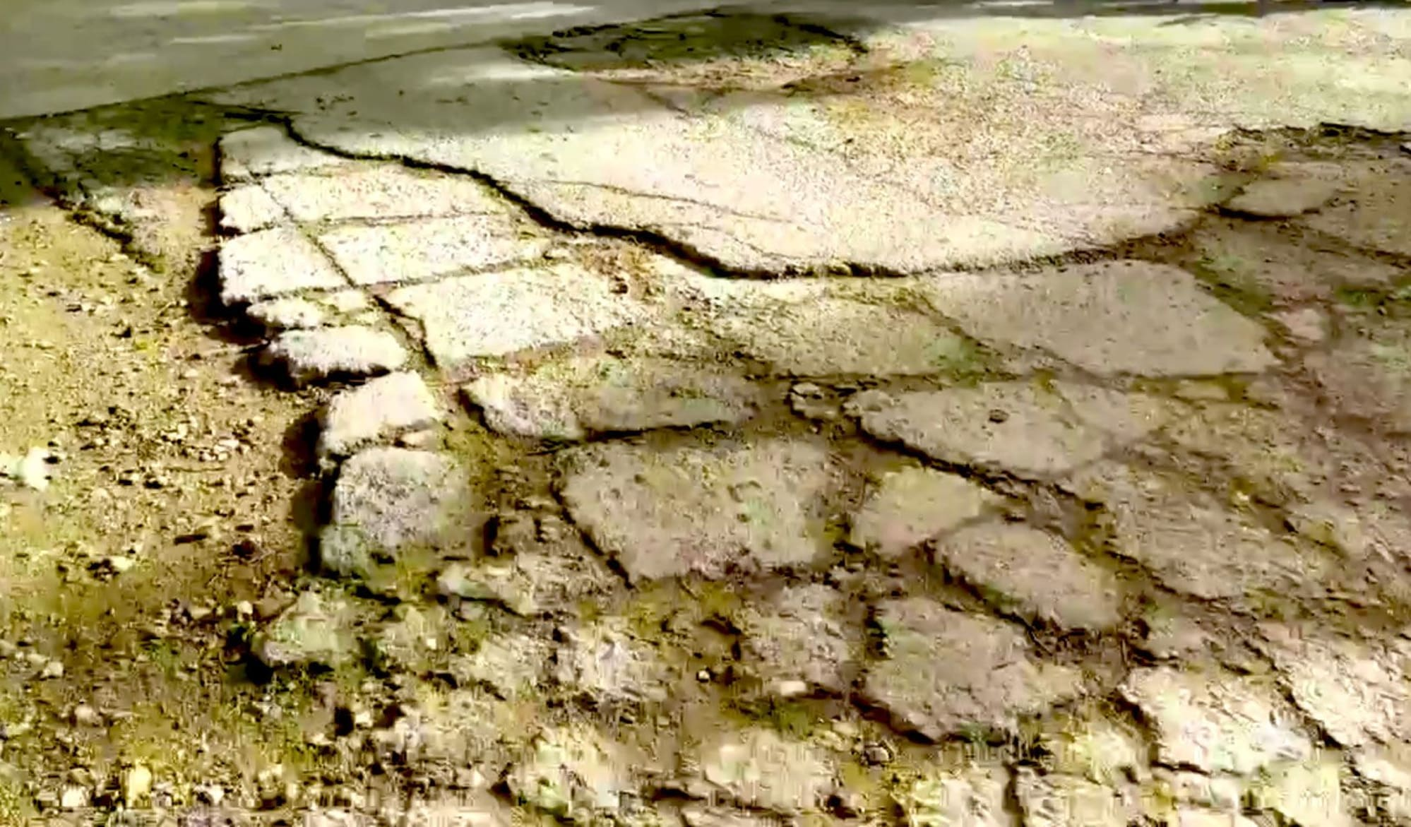 Dilapidated Roads on Brgy. Manocmanoc will not be Neglected - DPWH
