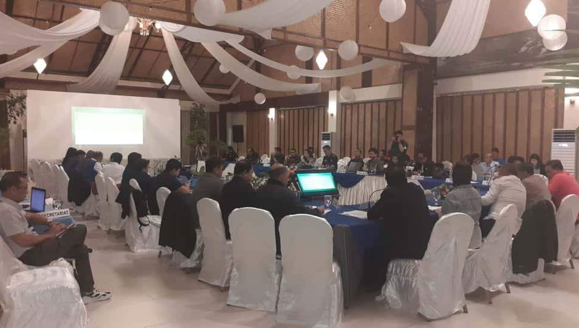 Boracay faces construction moratorium anew