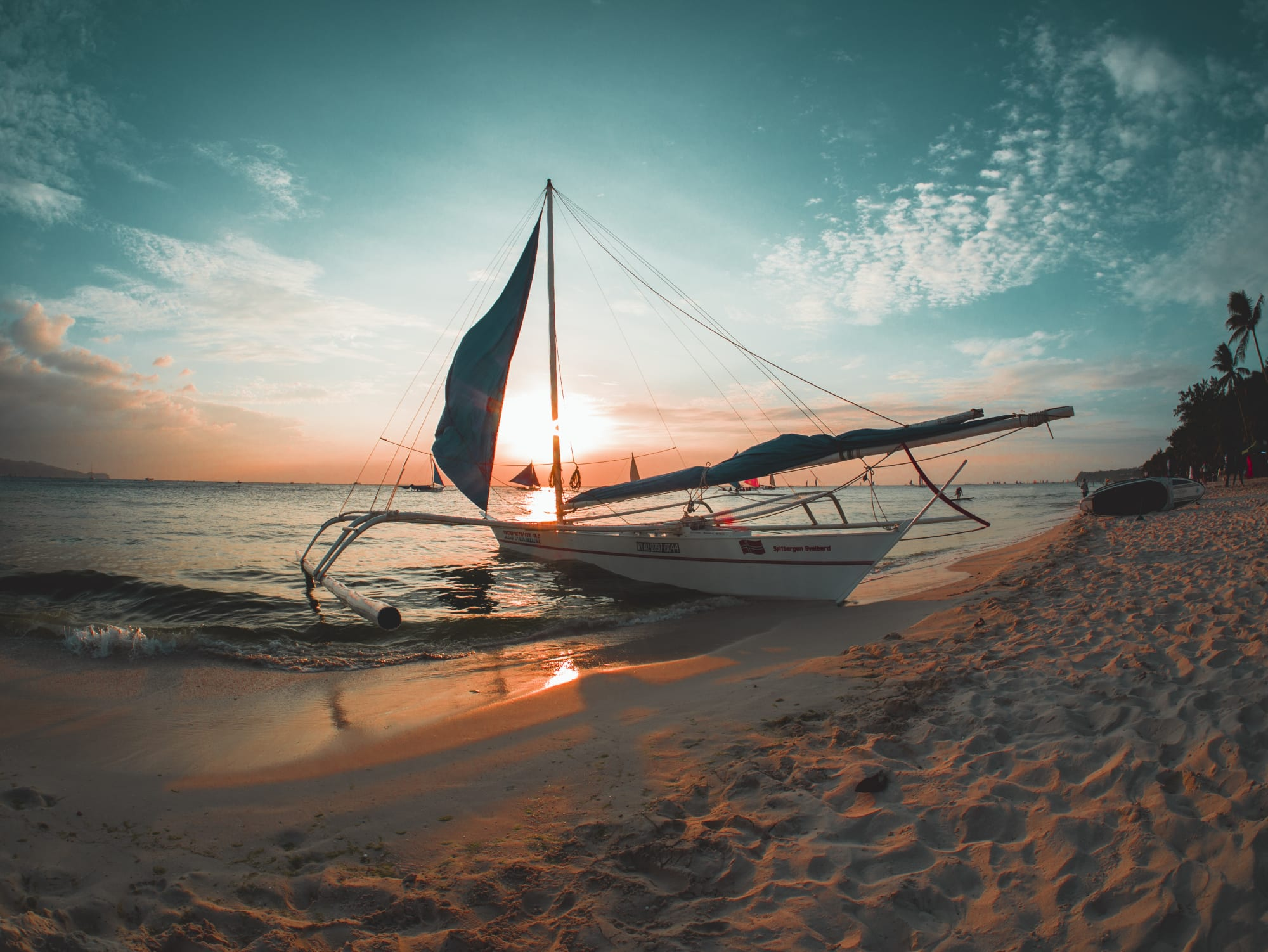 Boracay and Palawan inclusion in Conde Nast's 25 - DOT