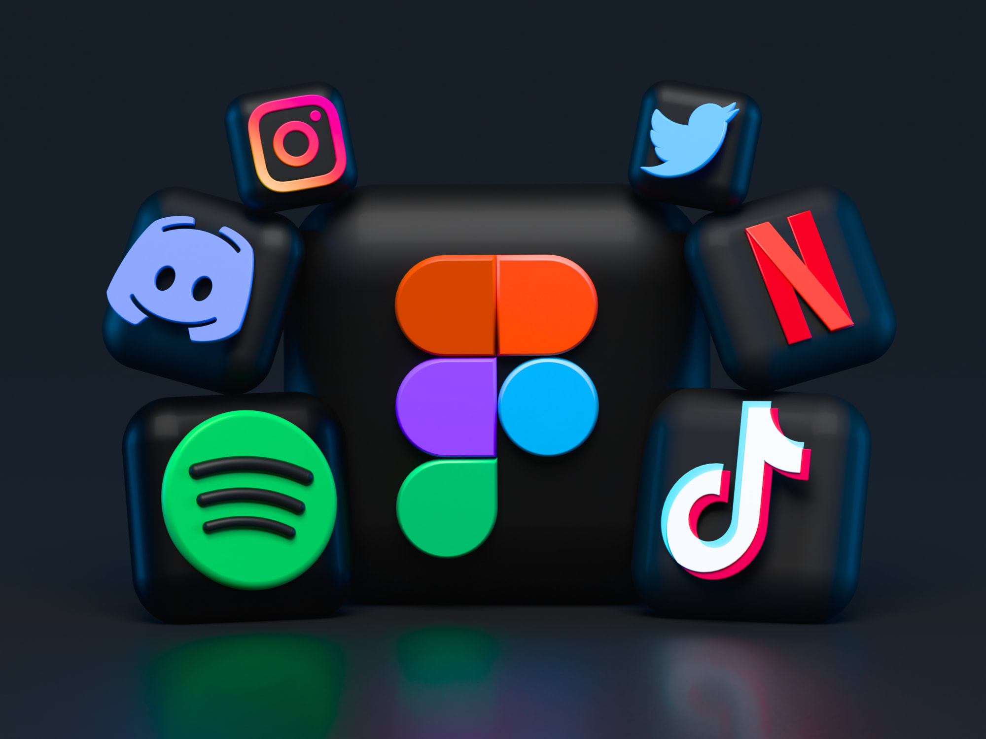 FREE Apps to keep Boredom Away and to Stay Productive