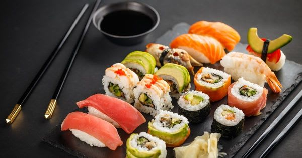 Satiate your Cravings for Sushis with these 5 Restaurants in Boracay (2021)