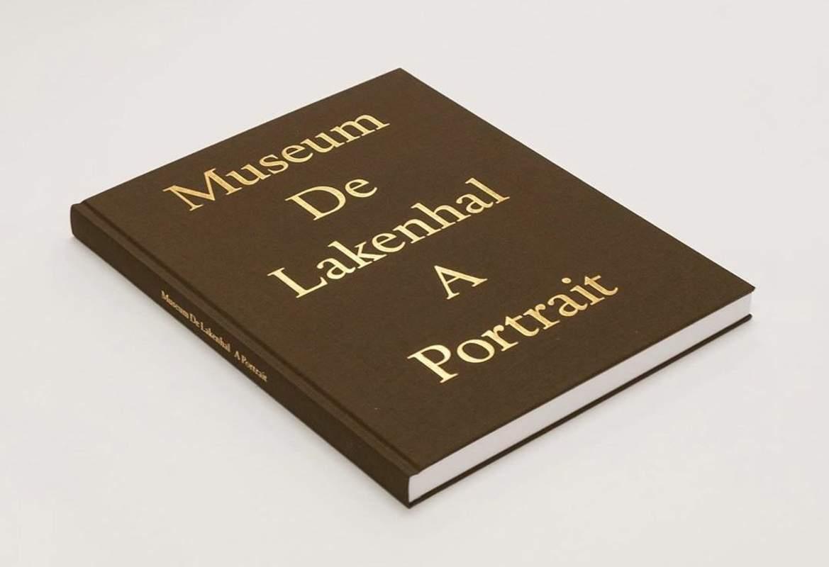 Book Museum De Lakenhal A Portrait