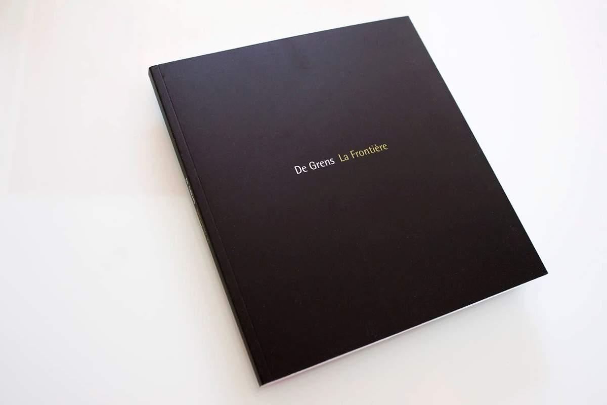 PUB Book De Grens 6755
