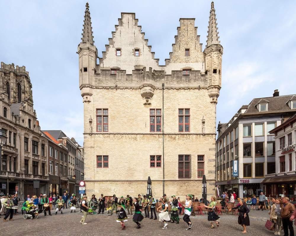Schepenhuis 8311 18