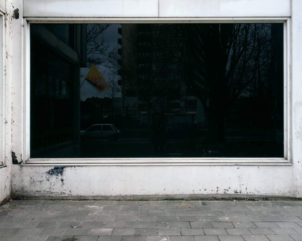 Zwart Raam2003 Karin Borghouts