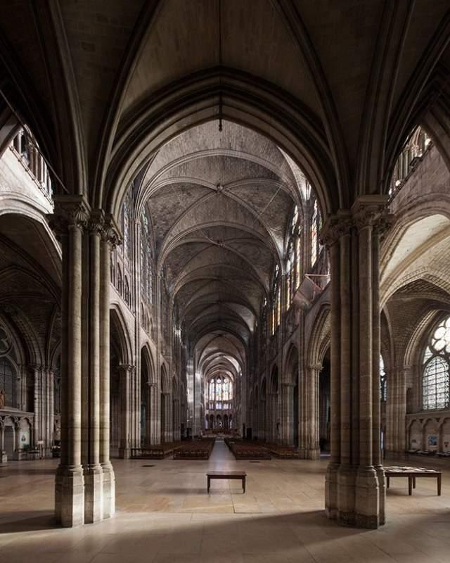S Saint Denis Basiliek Karin Borghouts