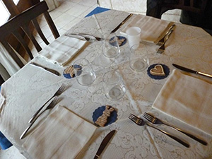 Tavola imbandita Hotel Borgo Antico