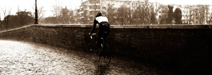 Top 6 gifts for winter cyclists