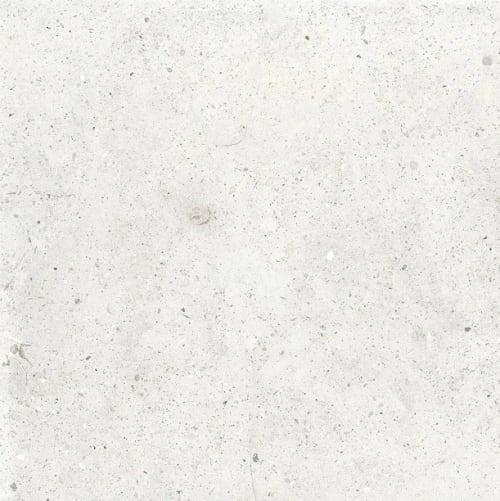 Saint Stone White