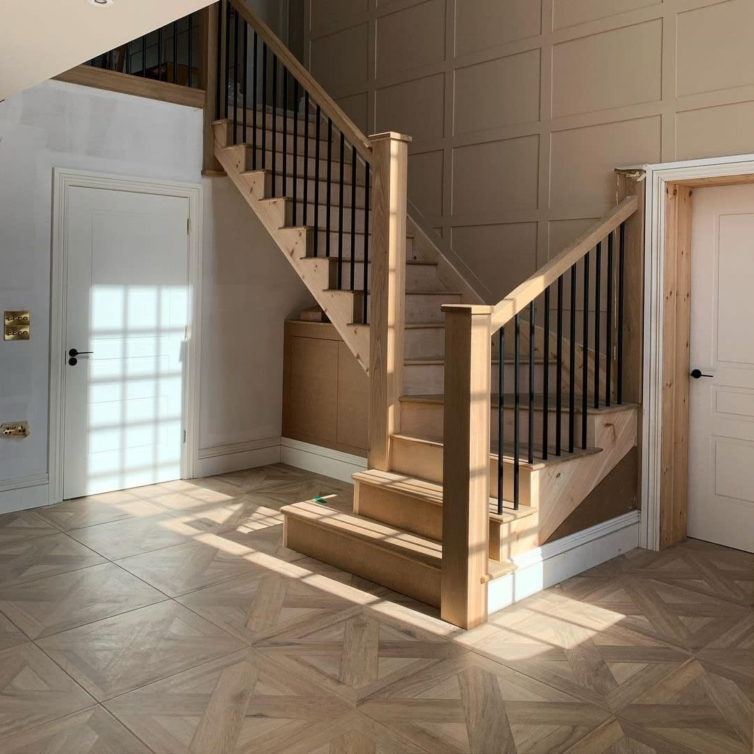 Browse our curated collection of the wood-effect tiles. Enjoy the natural character, traditional warming shades of wood and the technology of porcelain tiles