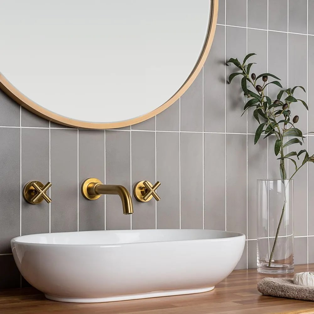 Browse our curated selection of metro tiles. Various colours & sizes