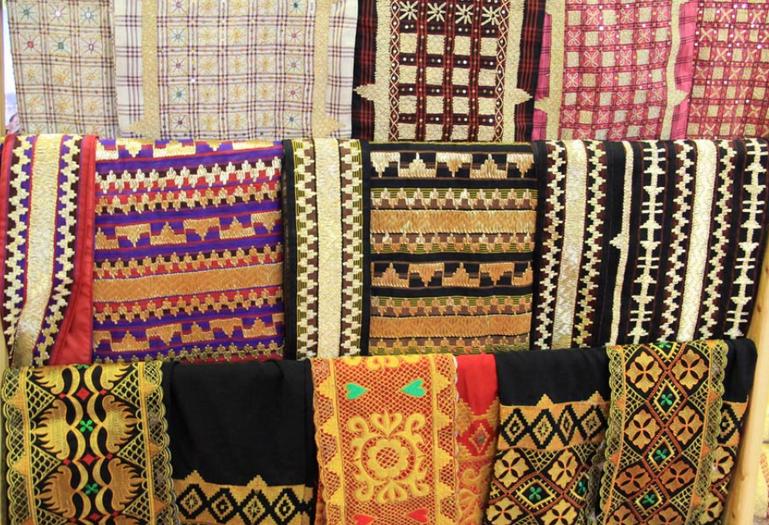 Kain Tapis Lampung Backpacker Lampung