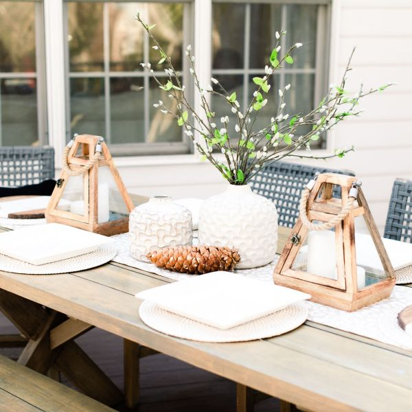 gorgeous outdoor table setting in the spring