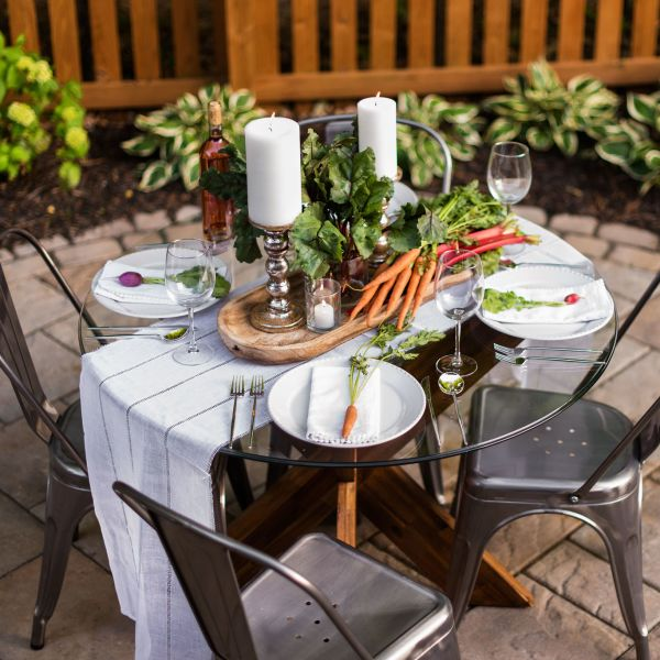 Outdoor dining on paver patio